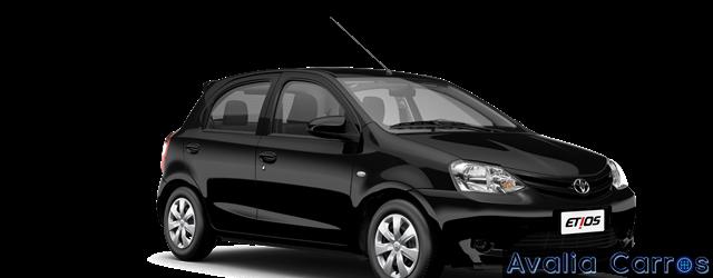 Passando o Toyota Etios 1.3 X 2016 no pente fino