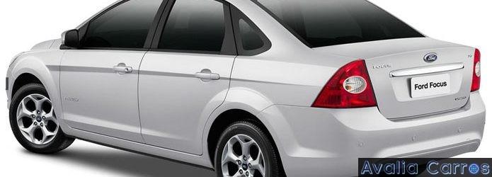Ford Focus Sedã 2.0 nossa 17ª sugestão de compra de carro usado