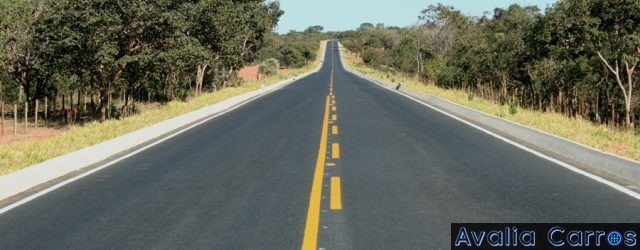 Eder Matias apresenta dicas de como dirigir em rodovias de pista simples