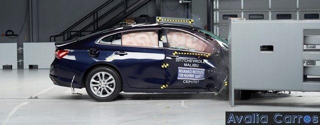 O IIHS criou um novo teste de colisão o Passenger-side Small Overlap Front