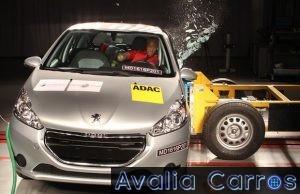 Peugeot 208 - Super Trinca