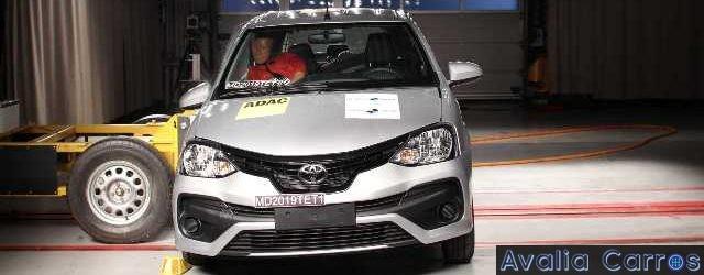 4 estrelas no Latin NCAP para o Toyota Etios